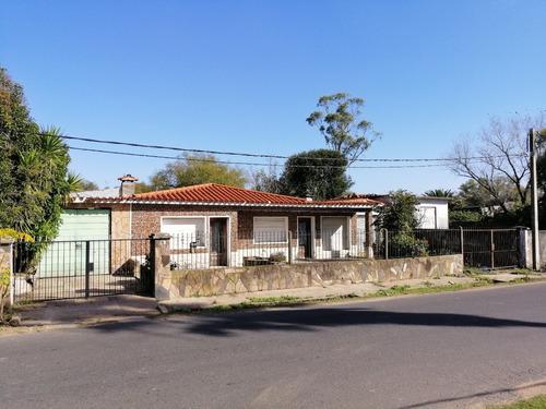 Casas Con 2 Galpones, Ideal Cooperativa, Terreno 4000 Mts