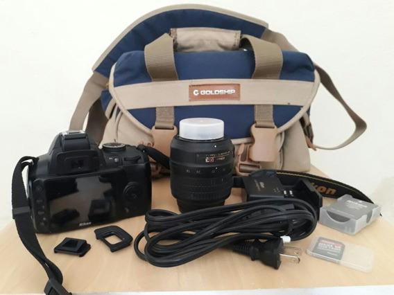 Câmera Nikon D3000 + Lente + Carregador + Adaptador Card