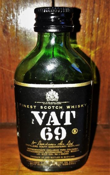 Botellita Petaca Scotch Whisky Vat 69 Cerrada 1975