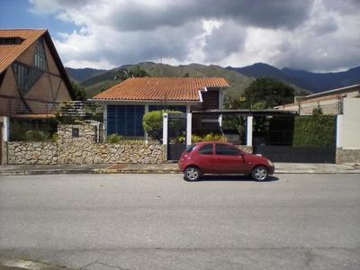 Casa En Venta En Urb El Castaño.. 17-15295.. Jb