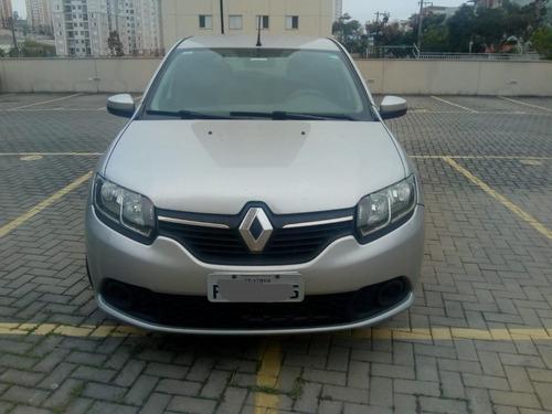 Imagem 1 de 5 de Renault Sandero
