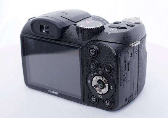 Camera Fujifilm Finepixs2950