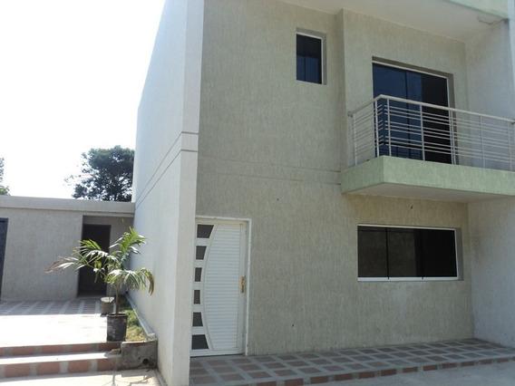 Venta De Town House En La Asuncion Yc 04242319504