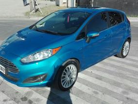 Ford Fiesta Kinetic Titanium 2015