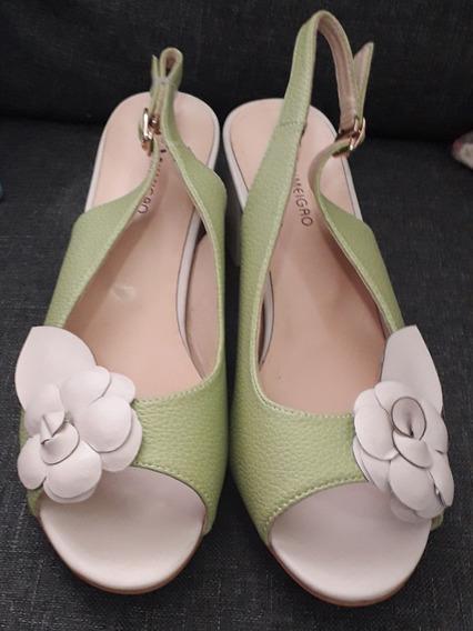 Zapato Para Dama Tacon Bajo Verde Talla 6