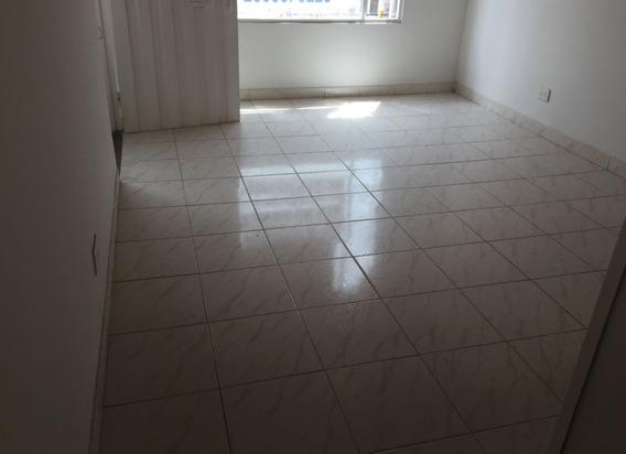 Apartamento En Arriendo Lombardia 90-61749
