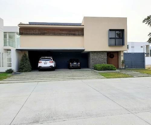 Hermosa Residencia En Renta En Los Sueños Junto A Rancho Contento Guadalajara