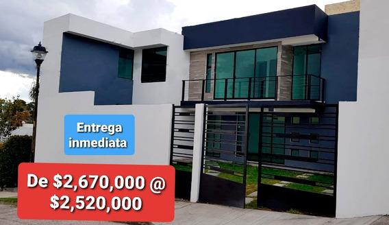 Casa Nueva Estilo Moderno Dentro Fracc. El Mirador La Calera