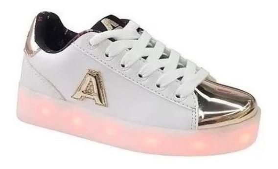 Zapatillas Addnice Con Led Blanca/dorada 27-37 Fty Calzados