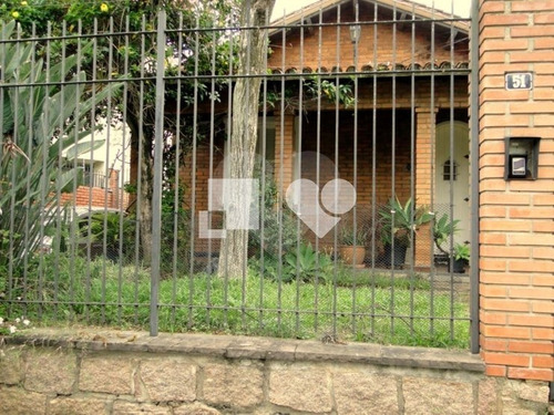Casa Única Com 4 Dormitórios, Piscina, Água Quente - 28-im420203