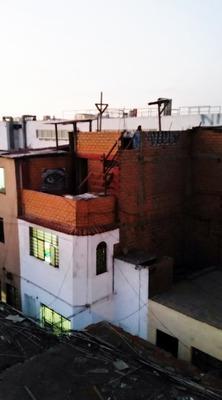 Casita De 3 Dormitorios, Deposito, Baño, Azotea.
