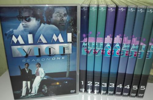 Imagem 1 de 8 de Dvd Box Miami-vice - A Série Completa E Dublada ( 32 Dvds )