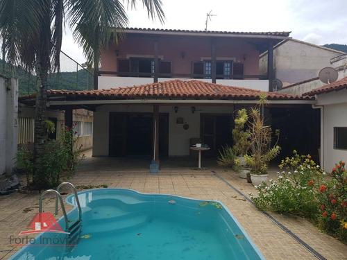 Casa Com 5 Dormitórios C/ 3 Suites  Em Mangaratiba - Ca0524