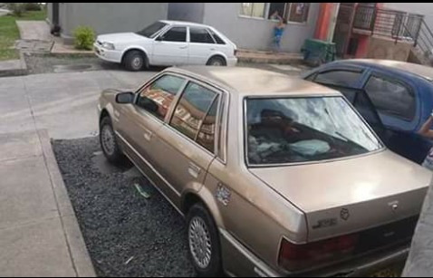 Mazda 323 Vencambio
