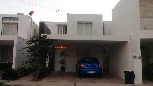 Bonita Casa En Venta En La Florida Pinos