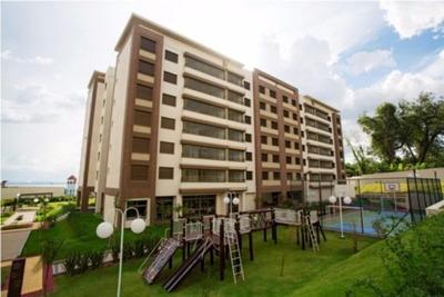 Apartamento Em Cavalhada Com 3 Dormitórios - Lu265672
