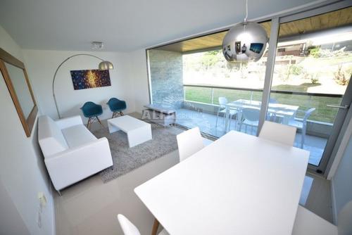 Mansa, Primera Linea, 2 Dormitorios-ref:2510