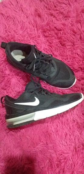 Zapatilla Nike Original Talle 36.5. Poco Uso Esta Impecable.