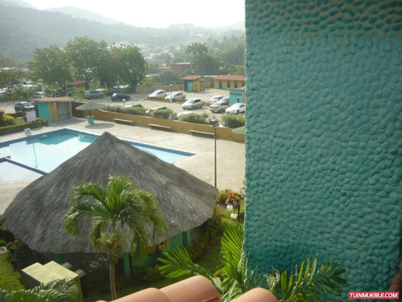 Tzas Del Puerto 1 : Yaritza Perez 04242837784