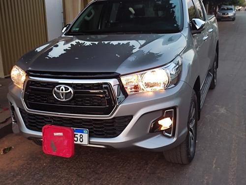 Imagem 1 de 10 de Toyota Hilux 2019 2.8 Tdi Srv Cab. Dupla 4x4 Aut. 4p