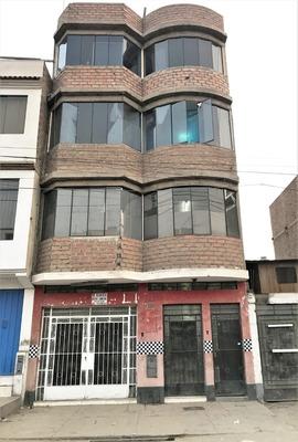 Remato Linda Casa De 5 Pisos En Plena Avenida Comercial