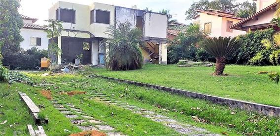 Camboinhas - Excelente Terreno Plano Em Condomínio Com 612,40 M² - Projeto De Casa Do Arquiteto Alexandre Magno - Te0075