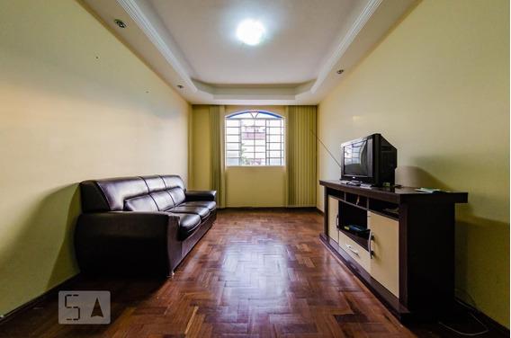Apartamento No 2º Andar Mobiliado Com 3 Dormitórios E 1 Garagem - Id: 892970966 - 270966