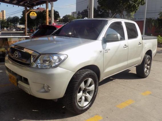 Toyota Hilux 4x2 2.4