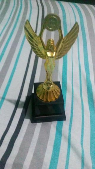 Trofeu Para Competições Esportivas Futebol Etc