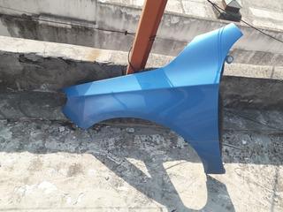 Guardabarros izquierda pintada en color que deseas para mercedes 2108801518