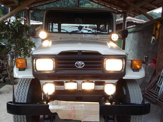 Toyota Bandeirante Motor Mercedez 709