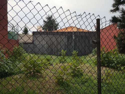 Imagen 1 de 2 de En Fraccionamiento Cerrado Con Vigilancia