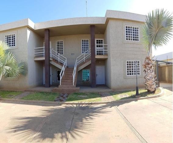 Mls # 20-3883 Apartamento En Venta En Coro La Floresta
