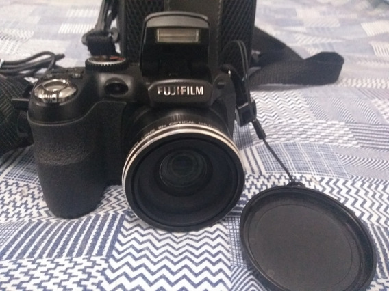 Câmera Fujifilm Finepix S2950 + Bolsa Protetora