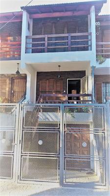 Alquiler Triplex Tipo Casa 4 Ambientes Con Fondo Y Quincho