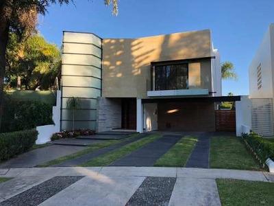 Casa En Venta Valle Real $ 18´500,000.00