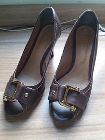 Sapato Feminino Peep Toe Fivela Dourada Nº 39