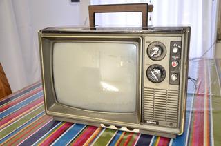Televisor Color Vintage