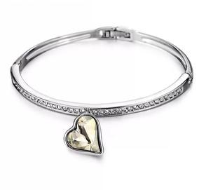 Pulseira Bracelete Com Pingente De Coração - Branco