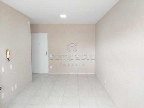 Apartamento - Ref: V22