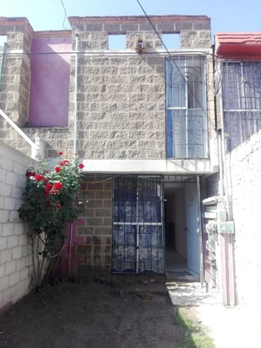 Casa En Venta En Colonia Guadalupe Victoria Ecatepec.