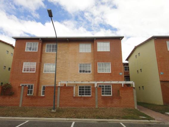 Apartamenros Alto Grande #20-7418