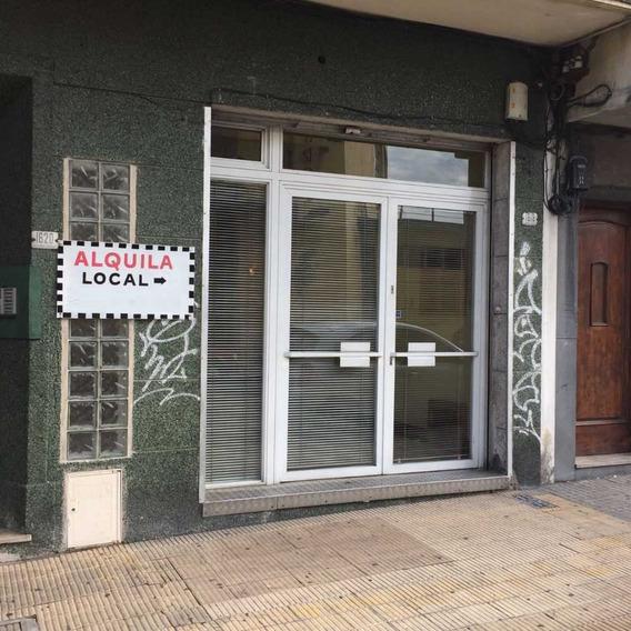 Local Comercial Bien Ubicado, Elegante Y Seguro.
