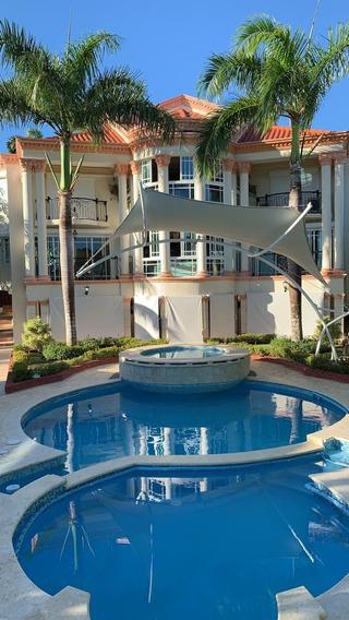 Rento Hermosa Villa En Metro Country Club