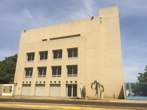 Oficina En Alquiler Excelente Ubicacion Mls #20-24472