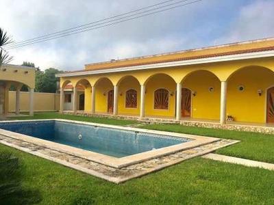 Residencia Tipo Hacienda 03 Recamaras 03 Baños Alberca Y Bar