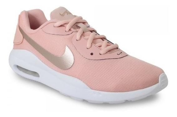 Tênis Nike Air Max Oketo