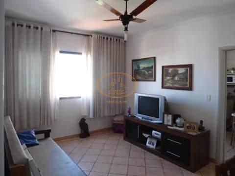 Apartamento  Com 1 Dormitório(s) Localizado(a) No Bairro Embaré Em Santos / Santos  - 5571