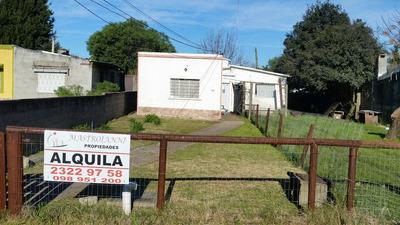 Buena Oportunidad En Peñarol . Linda Casa De Dos Dormitorios