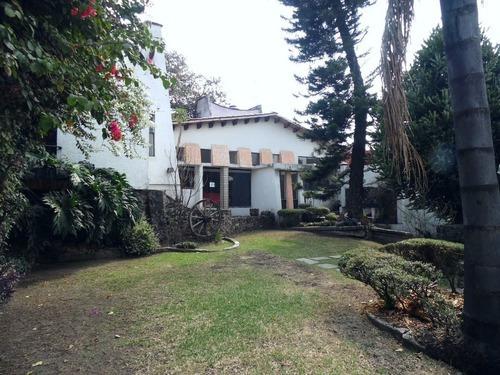 Casa Sola En Burgos / Temixco - Est-303-cs